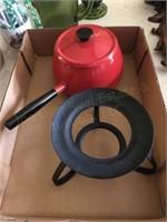 Fondue Pot, Misc Decor