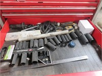 Snap On Rolling Tool Chest With Assorted Random Co