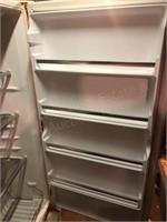 Kenmore Freezer 27.5x27x57.5
