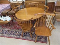 Vilar maple drop leaf table and 5 chairs table -