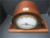 Seth Thomas mantle clock - battery operated