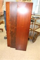 """Mahogany dining table with 3 leaves 40""""x60"""""""