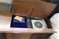Phillips cabinet stereo