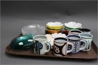 Tray of mugs, etc.