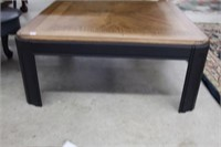 Oak coffee table - 35""