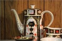 Royal Crown Derby tea set (one cup cracked)