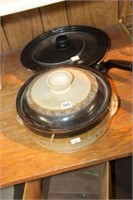 2 frying pans & covered dish