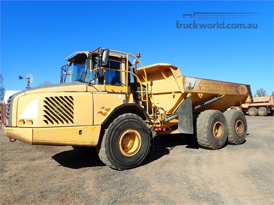 2002 Volvo A25D Heavy Machinery for Sale