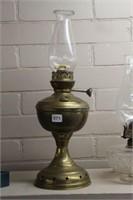 "Brass oil lamp - 18"""