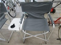 As new folding studio style chair