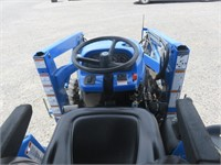 New Holland TC33D Wheel Tractor
