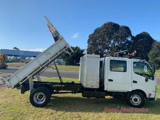 2014 Hino 300 Series 917 Crew Cab Dwyers Truck Centre - Trucks for Sale