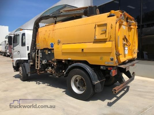 2004 Hino 500 Series FG Adelaide Quality Trucks - Trucks for Sale