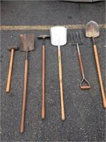 Assorted gardening tools (6)