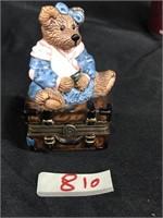 Bearware Pottery Mama bear & hiding baby figurine
