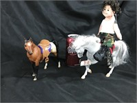 Horse figurines & Teany Beenie Boppers doll