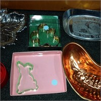 Assorted Items - Cookie cutters & candy dish