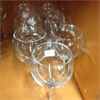 Decanter & wine glasses