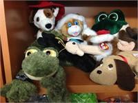 Assorted plush animal toys (beanie babies)