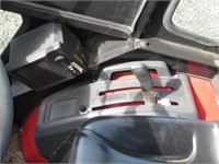 Mahindra 2415 HST Wheel Tractor