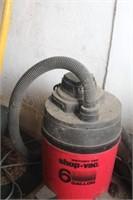 6 Gal Wet/Dry Shopvac & Rolling Trash Can