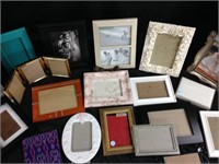 Picture Frames - Assorted Lot