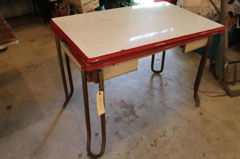 VINTAGE RED AND WHITE ENAMEL TOP KITCHEN TABLE | Smith Sales LLC