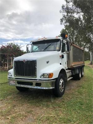 2005 International 9200i Eagle - Trucks for Sale
