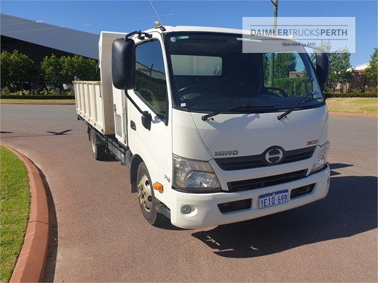 2013 Hino other Daimler Trucks Perth - Trucks for Sale