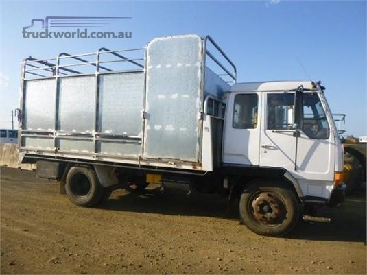 1990 Mitsubishi FK417 Trucks for Sale