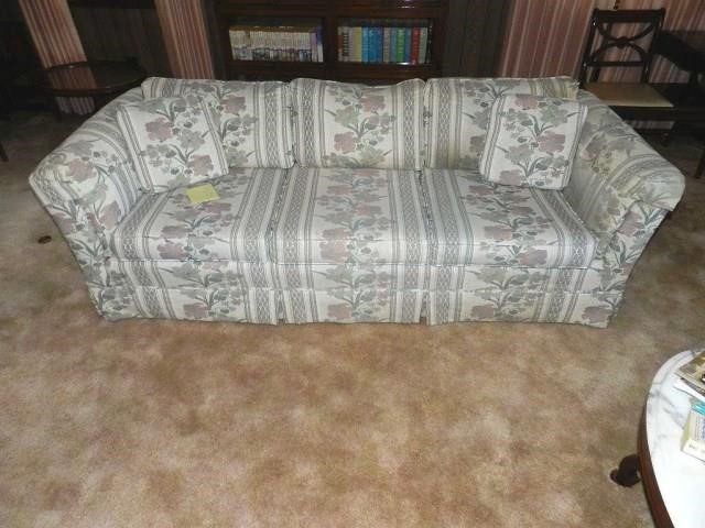 Super Broyhill Sofa And Loveseat Tommy Wagner Auctions Ibusinesslaw Wood Chair Design Ideas Ibusinesslaworg