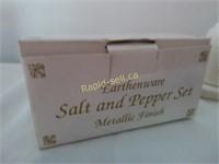 Salt & Peppers