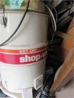 Wet Dry Shop Vac w/ Accessories