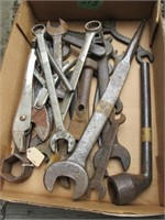 Wrenches & Adjustable Plyers