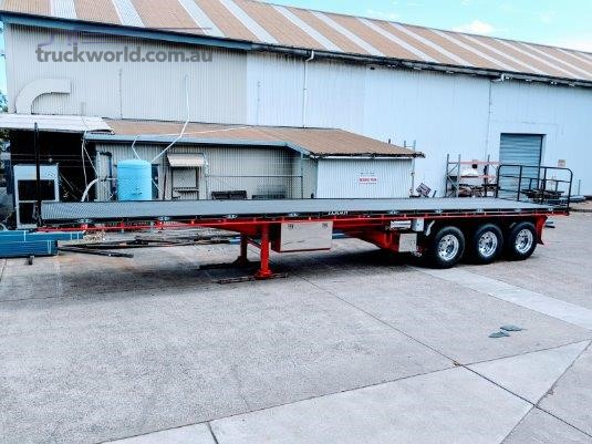 2020 FWR 45ft Tri Axle Flat Top Trailer - Trailers for Sale