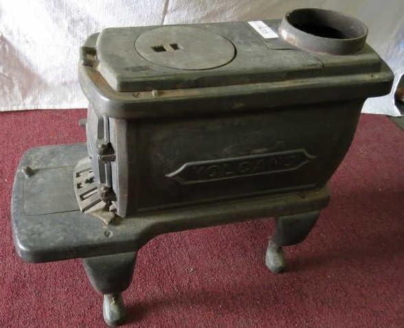 Vintage Volcano Cast Iron Wood Stove Oven Idaho Auction Barn