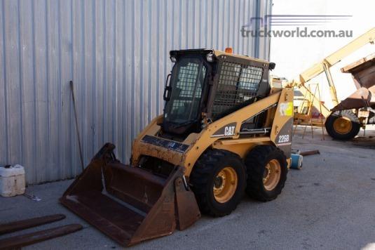 2005 Caterpillar 226B - Heavy Machinery for Sale