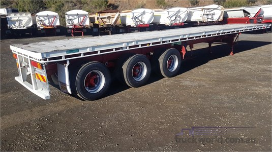 2007 Haulmark Flat Top Trailer - Trailers for Sale