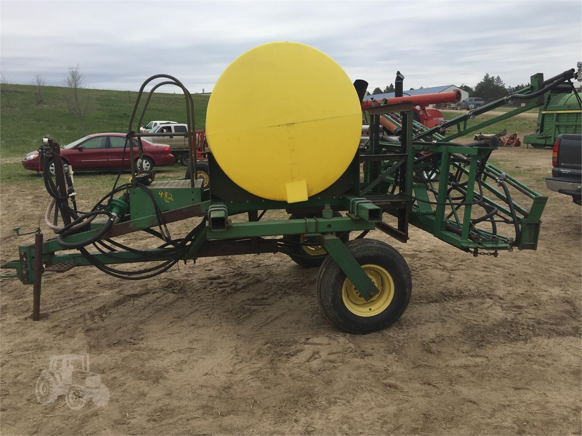 JOHN DEERE 250 For Sale In Norfolk, Nebraska | www