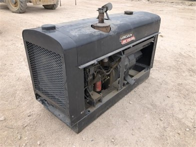 WELDER LINCOLN ARC WELDER SHIELD-ARC- SA-250 HOURS Other