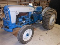 Ford 861 5-speed Tractor