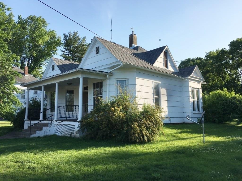 4BR Home w/2 Car Garage- 185 N Barnett, Nauvoo, IL   Fraise