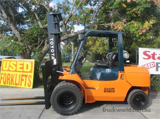 2005 Toyota 027FG40 Forklifts for Sale