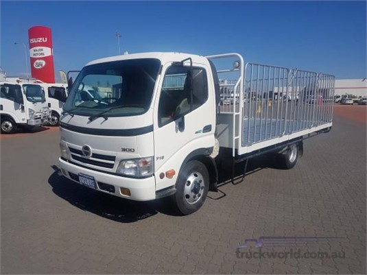 2008 Hino 300 Series 716 - Trucks for Sale