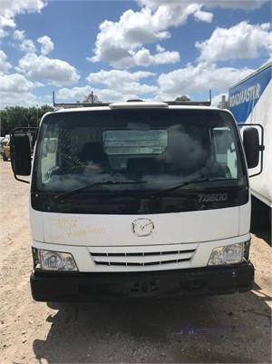 2001 Mazda T4600 - Wrecking for Sale