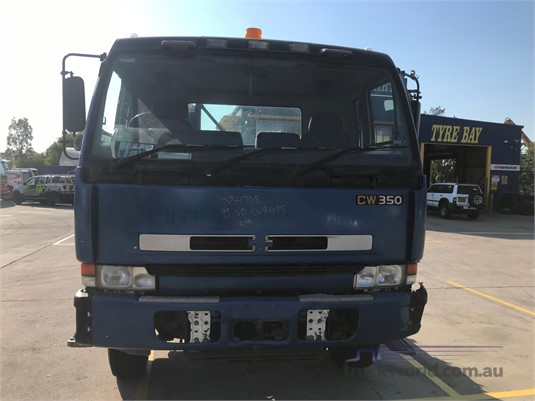 1999 UD CWB455 Wrecking for Sale