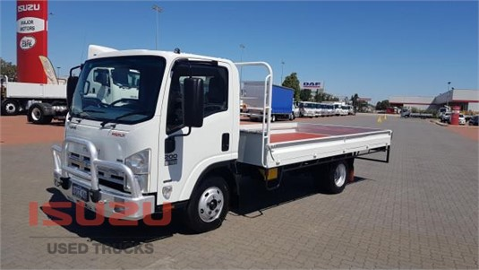 2008 Isuzu NPR 200 Used Isuzu Trucks - Trucks for Sale