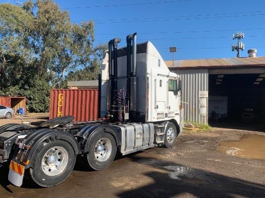 2007 Kenworth K104B - Trucks for Sale