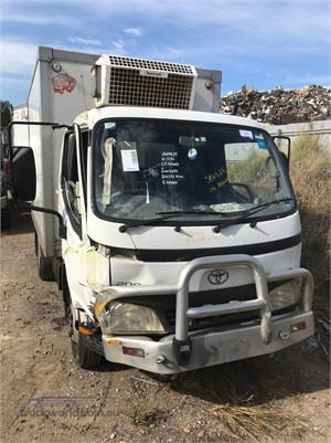 2003 Toyota Dyna 200 Wrecking for Sale