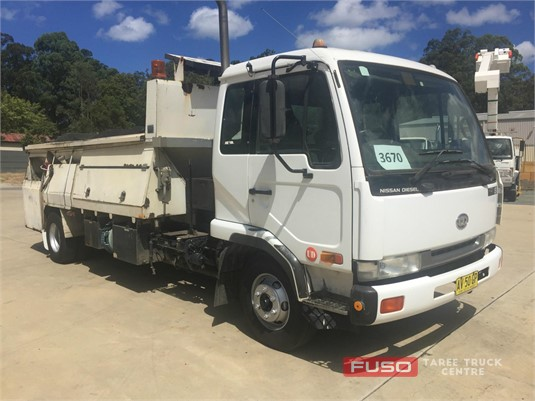 2000 UD MK210 Taree Truck Centre - Trucks for Sale
